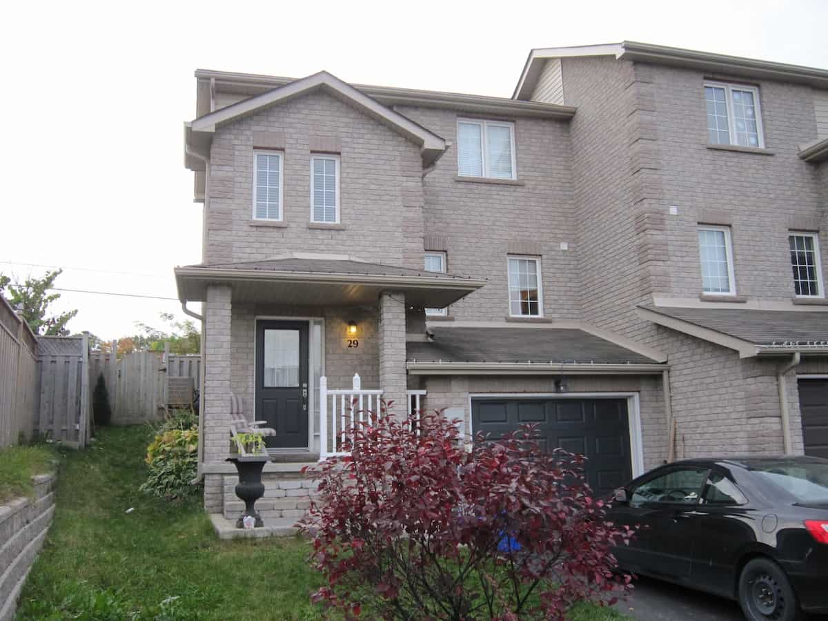 townhouse barrie