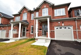 Brand New: 3 Bed, 2.5 Bath Townhouse, Angus